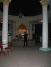 Ночной отдых и рестораны - скрипач в кафе Венеция